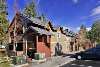 Truckee Pines Apartments
